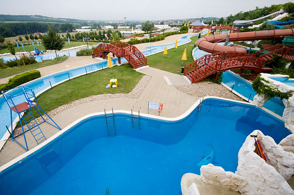 Aquarena-Mogyorod-aquapark